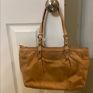 Price⬇️ Coach purse